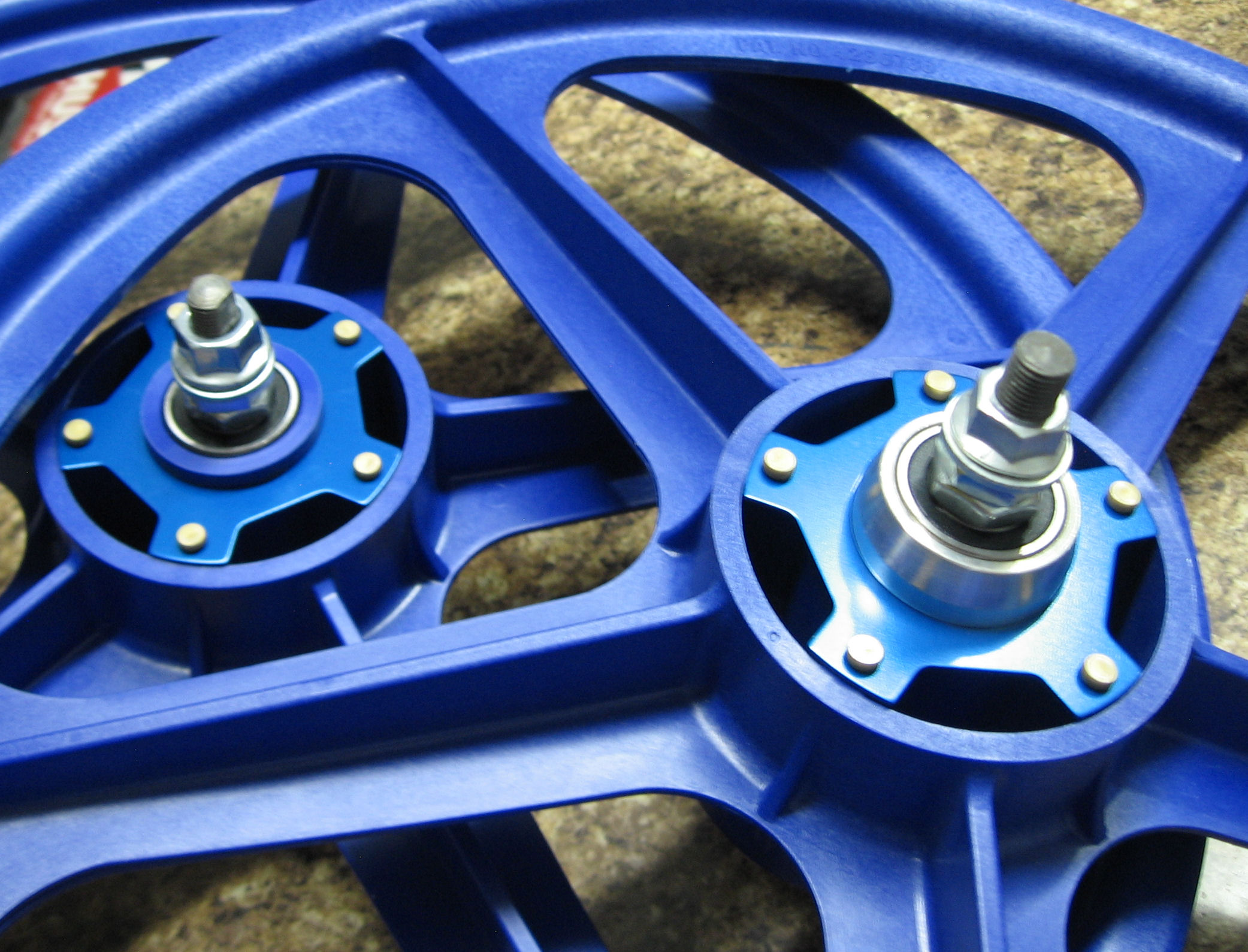 Gen 1.1 Kool Caps in Blue for zytel nylon Tuff Wheel II's.