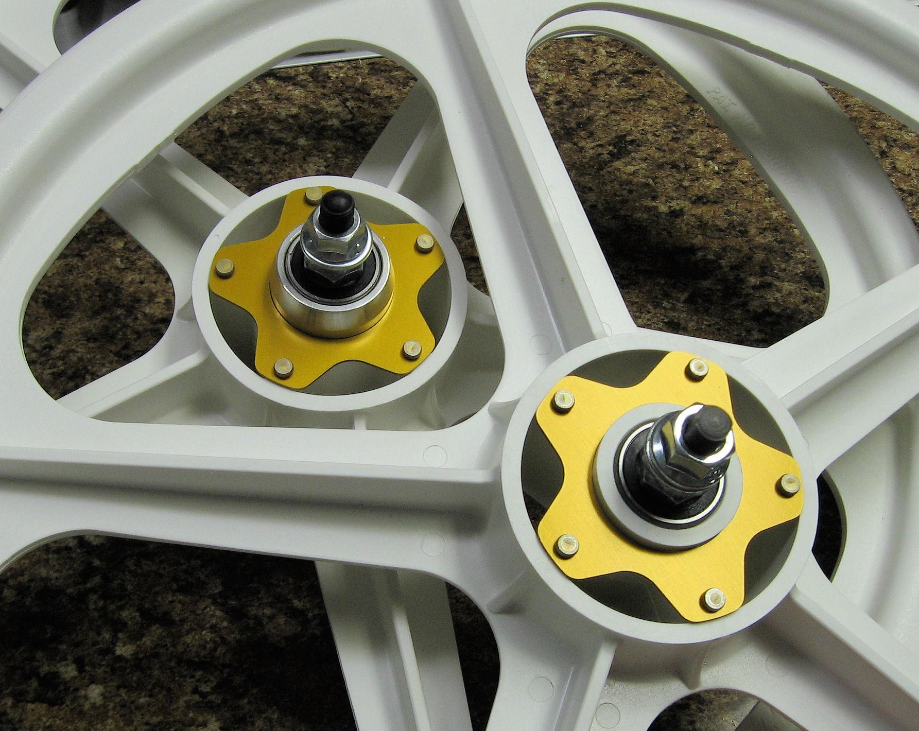 Silver Gen 1 Kool Caps BMX For Graphite Tuff Wheels