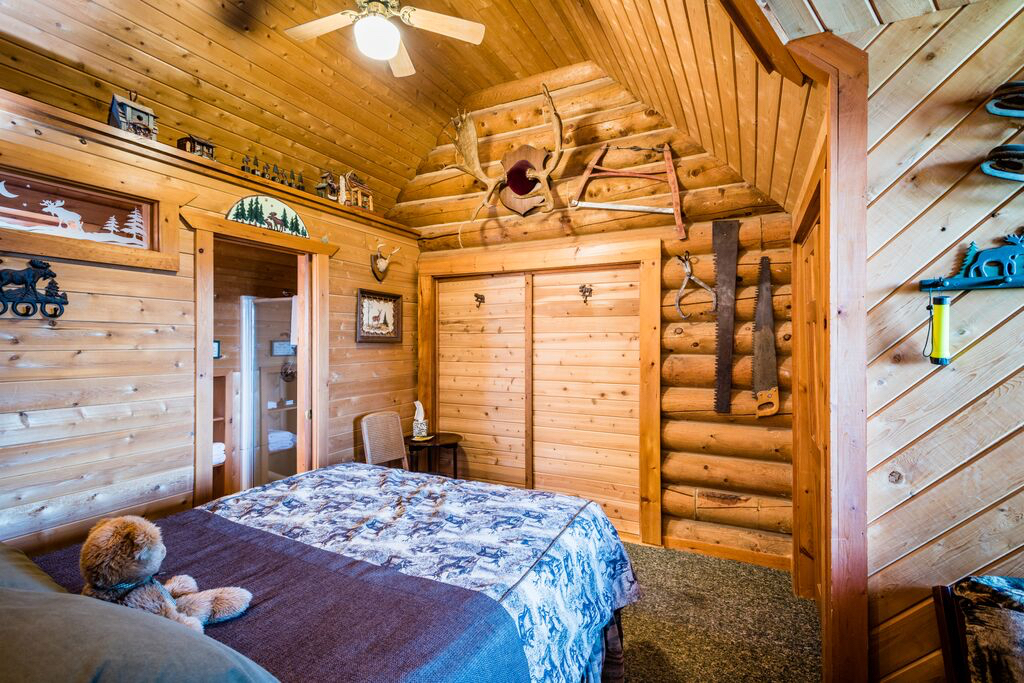 Moose Meadow Lodge Amp Treehouse Rooms